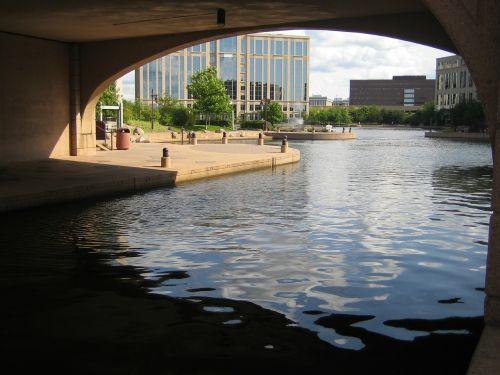 park water pond