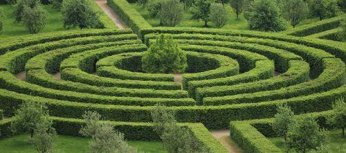 park maze green