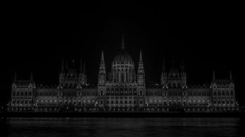 parliament hungary wb