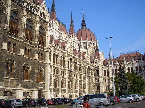 parliament building architecture