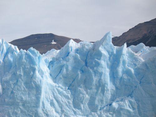 parque nacional los glaciares perito moreno glacier frozen