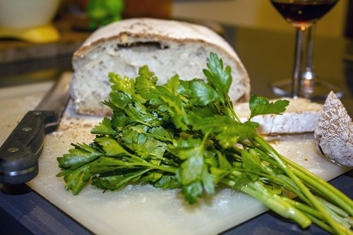 parsley  bread  italian cuisine