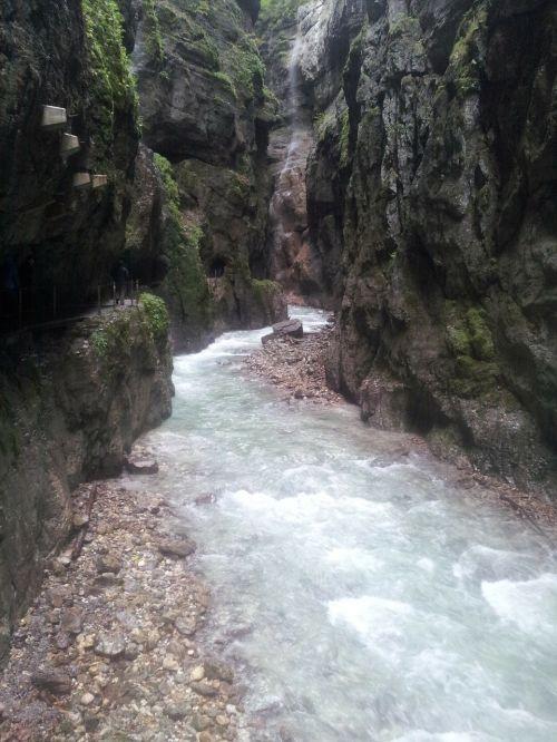 partnach clammy partnach gorge