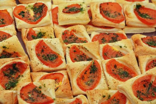 party snack puff pastry tomato