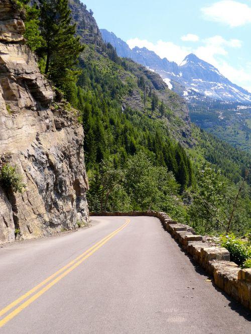 pass mountain pass road
