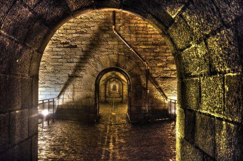 passage path arches
