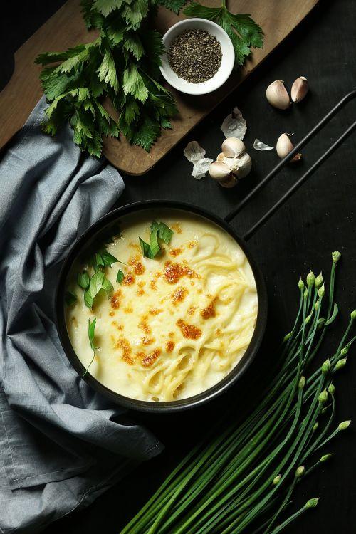 pasta pasta maker pasta sauce