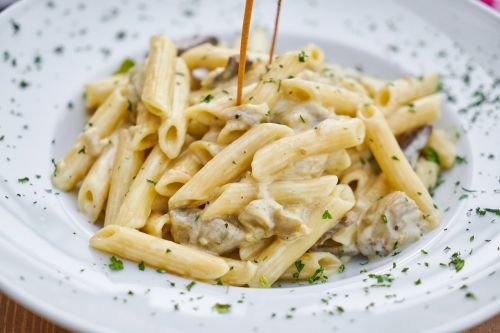 pasta penne meat