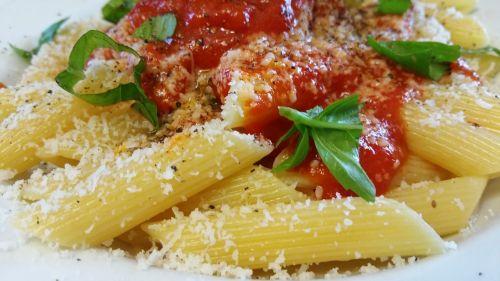 pasta pens tomato