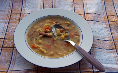 pasta and beans soup italian cuisine