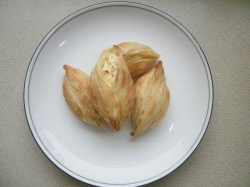 pastizzi cheese pastizzi malta