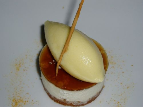 pastry presentation desserts