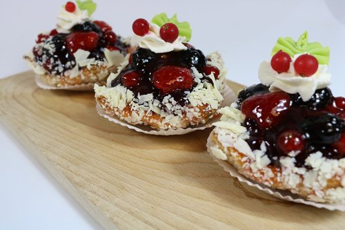 pastry  fruits of the forest  baker