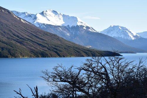 patagonia  southern argentina  lake