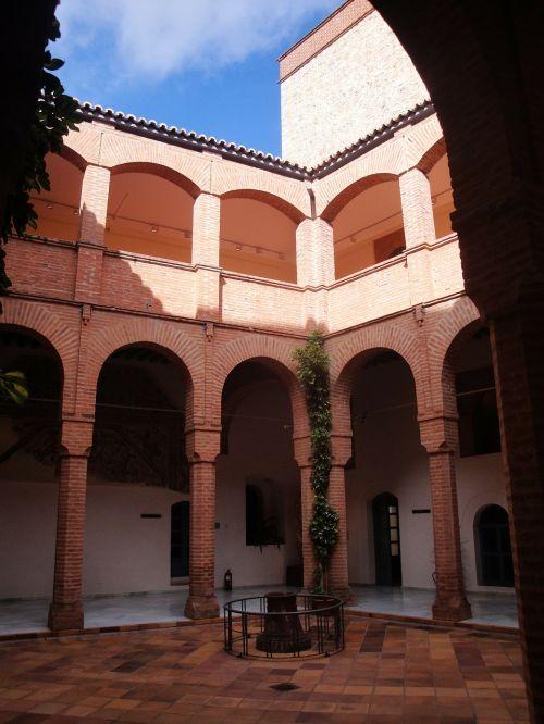patio arches columns