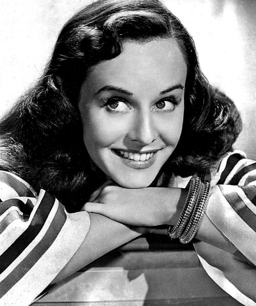 paulette goddard actress vintage
