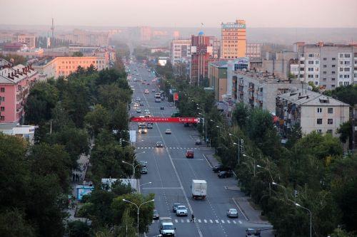 pavlodar street crossroads