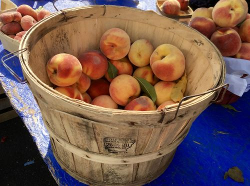 peaches fruit farmers market