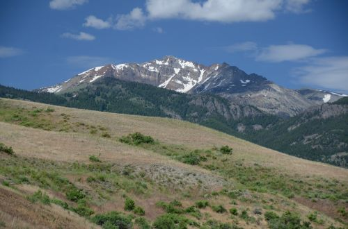 peak mountain landscape