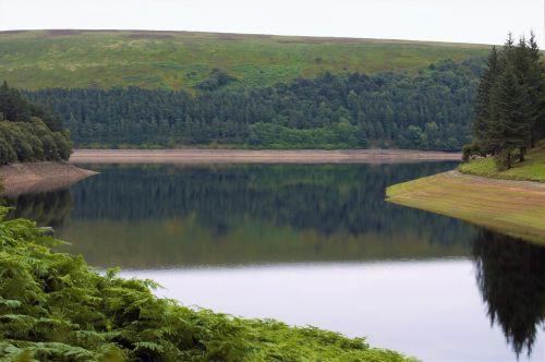 peak district reservoir howden reservoir