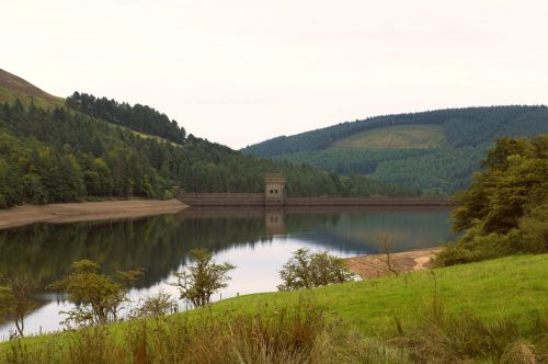peak district reservoir howden reservoir