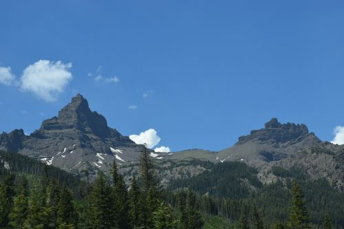 peaks mountain peaks mountains