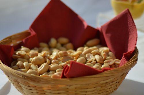 peanuts aperitif tasting