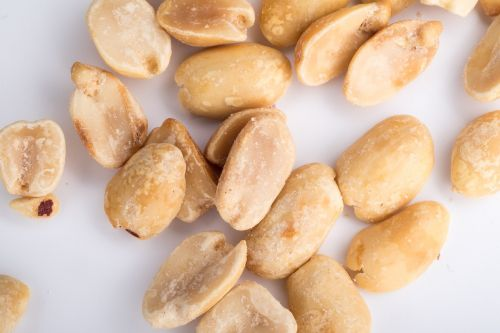 peanuts nuts placer