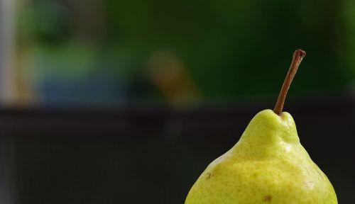 pear fruit windfall