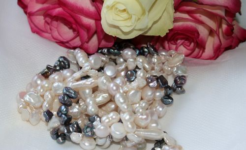 chain pearl necklace pearl white