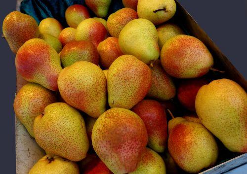 pears fruit vitamins