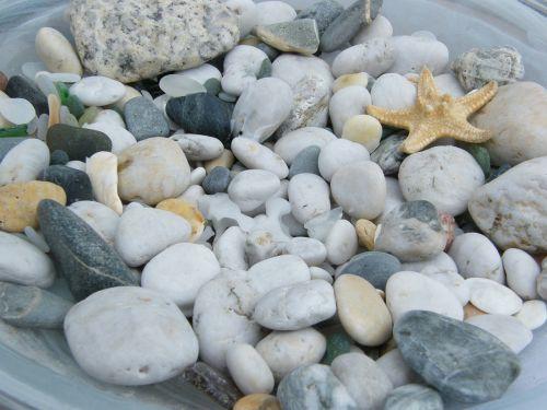 pebble stones zen