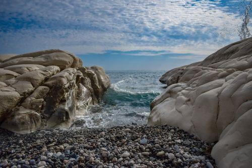 pebble beach rock white