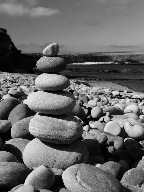 pebbles beach sea