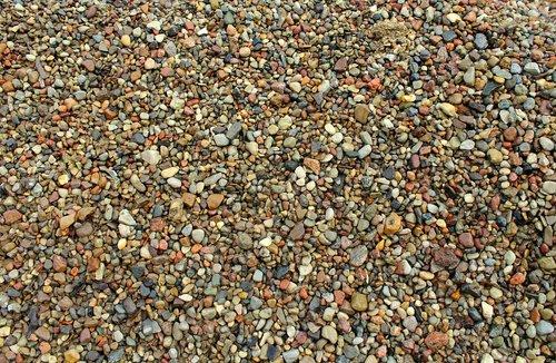 pebbles  minor  decking
