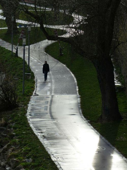 pedestrian road cycle path