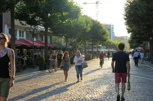 pedestrian zone shopping city