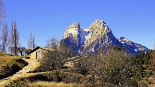 pedraforca mountain landscapes