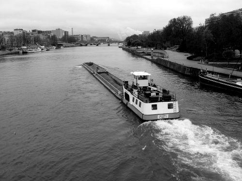 peniche seine river transport