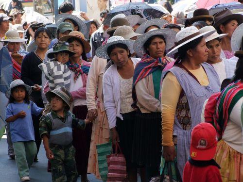people bolivia waiting