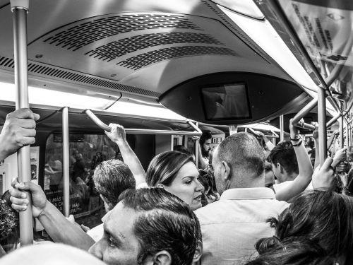 people metro madrid