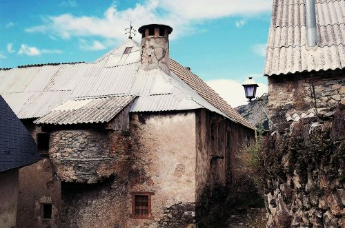 people rustic architecture