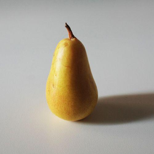 pera fruit foods