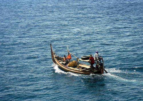 perahu laut banyuwangi