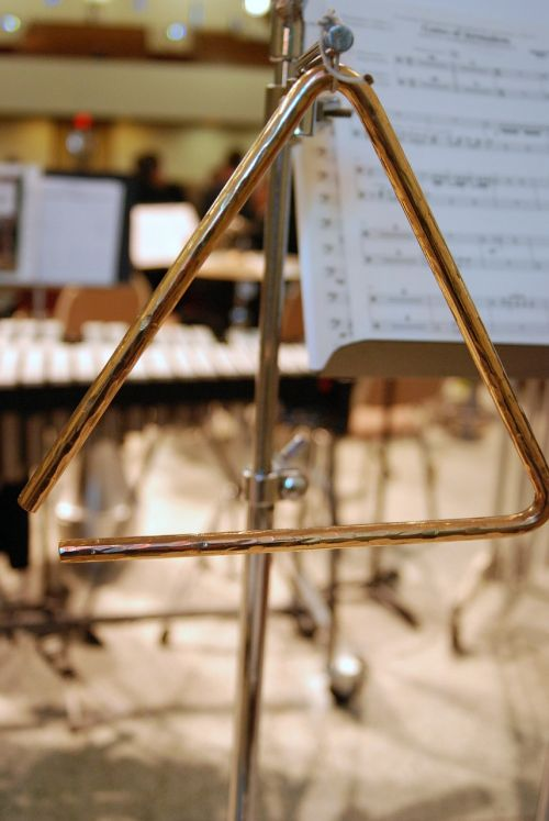 percussion triangle instrument
