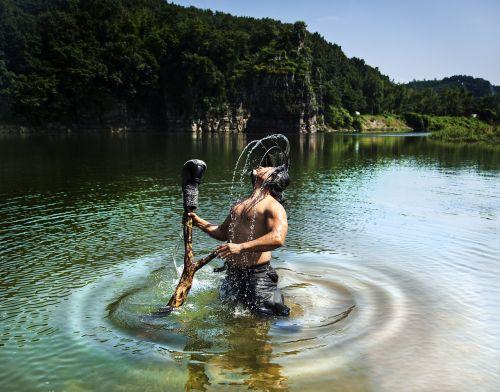 performance calligraphy underwater