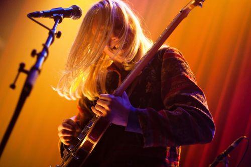 performer musician guitar