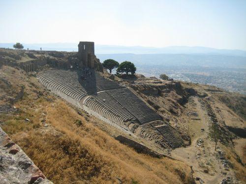 pergamon amphitheater turkey