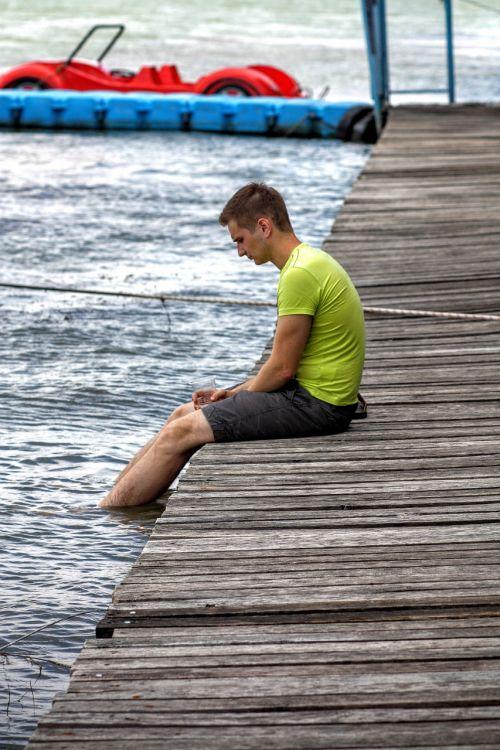 asmuo,Patinas,jaunas,lauke,vienatvė,vienatvė,atsipalaiduoti,ežeras,prieplauka,svajoti,vasara