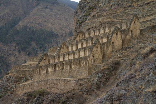 peru ollantaytambo inca ruins